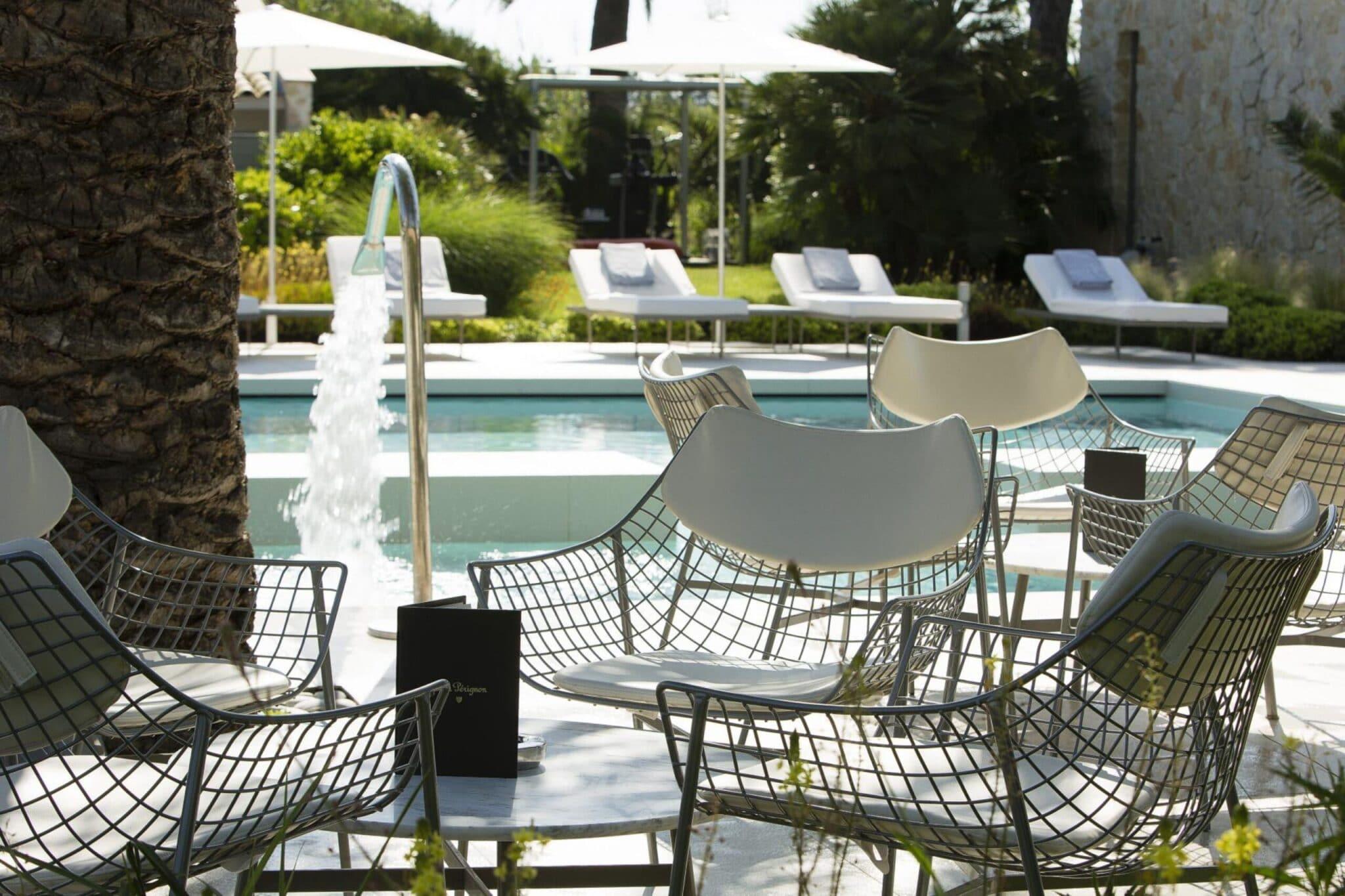 Hôtel sezz - Outdoor Bar By Dom Perignon 2 Christophe Bielsa