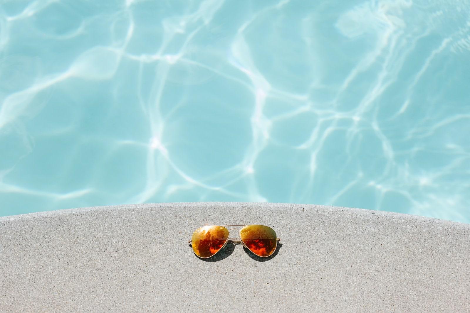 communique pendant l'été avec harmonia luxus
